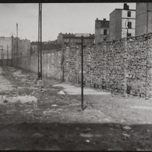 """Zdjęcie pt. """"Mur na Bonifraterskiej"""""""